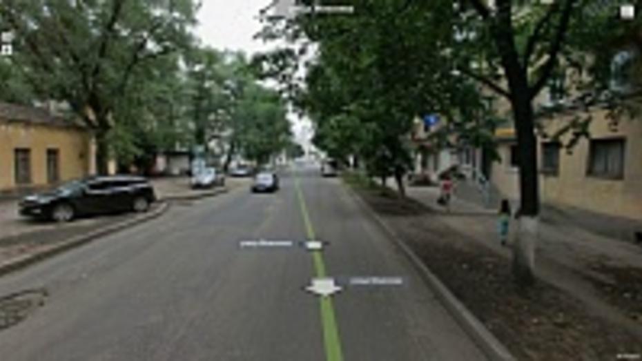 В Воронеже коммунальщики будут месяц мешать движению на улице Моисеева