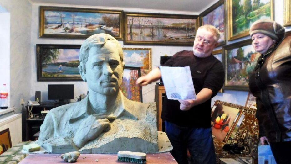 В Петропавловском районе установят бюст земляка-скульптора