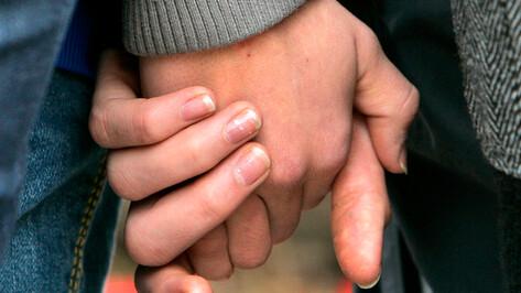 Судебный пристав уговорила пару из Ольховатского района не разводиться