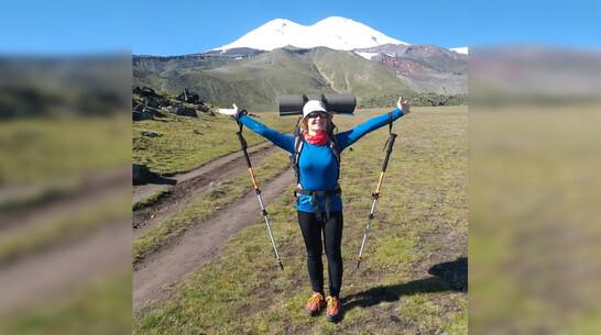 Борисоглебская студентка поучаствовала в международной юнармейской экспедиции на Эльбрус