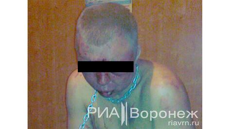 Владелец фермы в Новоусманском районе побоями и лишением свободы принуждал людей к рабскому труду