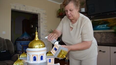 Галина Стасенко из Россоши за пять лет построила более сорока церквей и домов