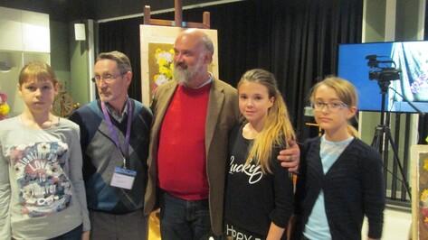 Акварелист Сергей Андрияка провел мастер-класс для одаренных детей из Лисок
