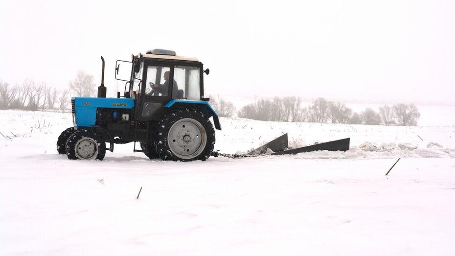 Нижнедевицкие аграрии начали работы по накоплению влаги на полях