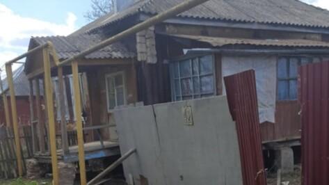 Двух детей изъяли из семьи наркоманов в воронежском райцентре