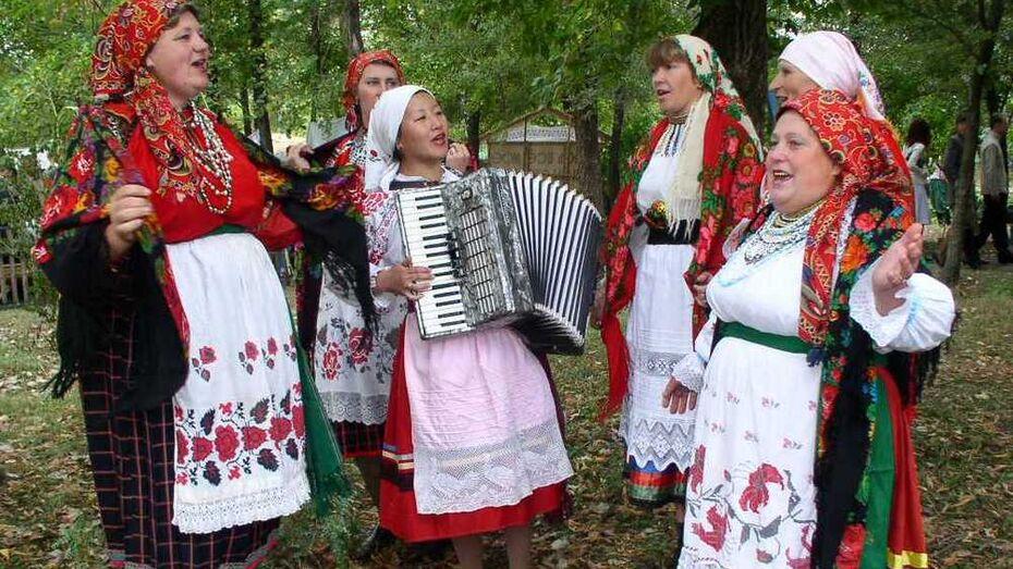 Фотоконкурс «Жить, помня о корнях своих» стартовал в Павловском районе