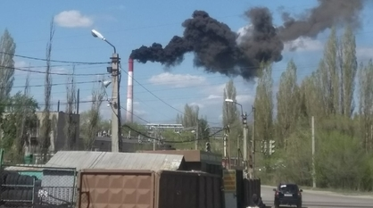 Пожар на воронежском каучуковом заводе потушили