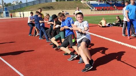 День физкультурника в Хохольском районе собрал более 200 спортсменов