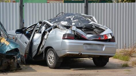 В Воронежской области иномарка приземлилась на «ВАЗ»: погибли двое