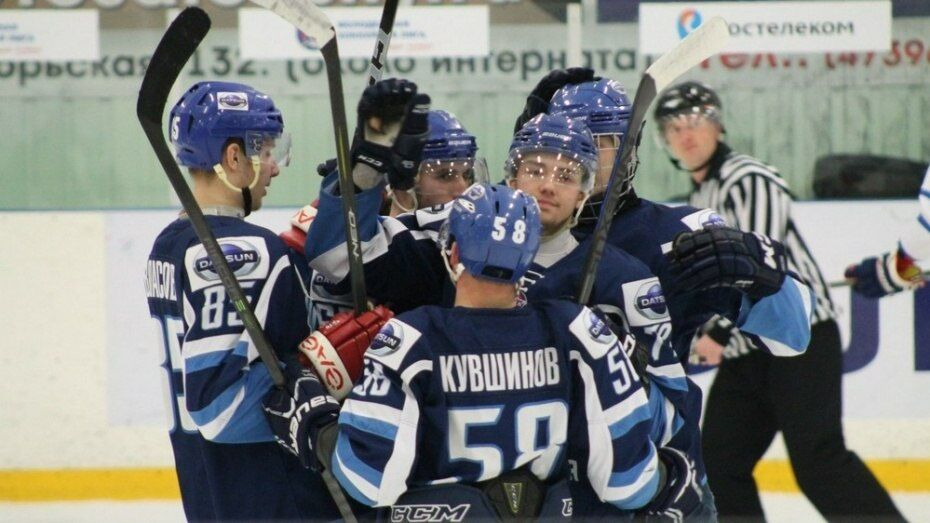 Хоккейная «Россошь» разгромила «Локо-Юниор» в полуфинале Кубка регионов
