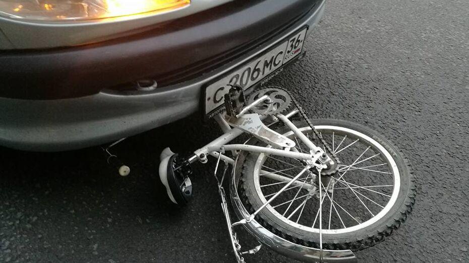 В Воронеже автоледи сбила двух детей на «зебре»