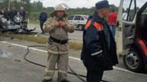 В Воронежской области на Renault разбилась семья