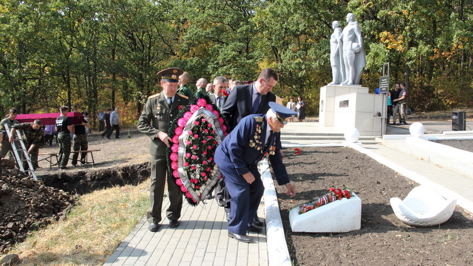 В Каменке перезахоронили останки узников концлагеря «Дулаг-191»