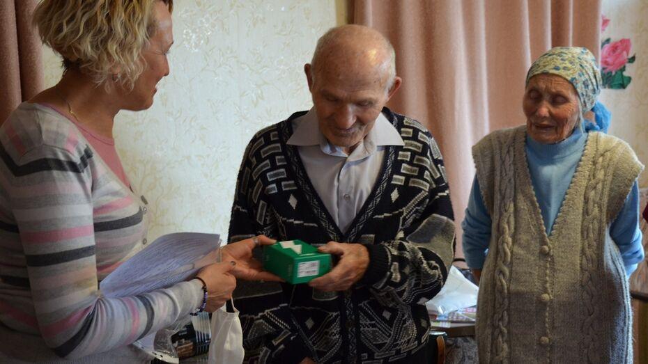 В Верхнехавском районе 6 ветеранам ВОВ вручат мобильные телефоны с безлимитной связью