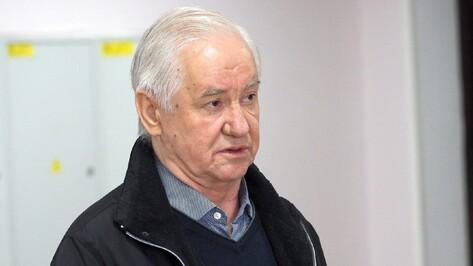Облсуд дал защите экс-губернатора Владимира Кулакова месяц на чтение дела «Воронежинвеста»