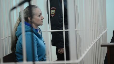 «Спланировала убийство». Мать погибшей от рук подруги женщины выступила в суде в Семилуках