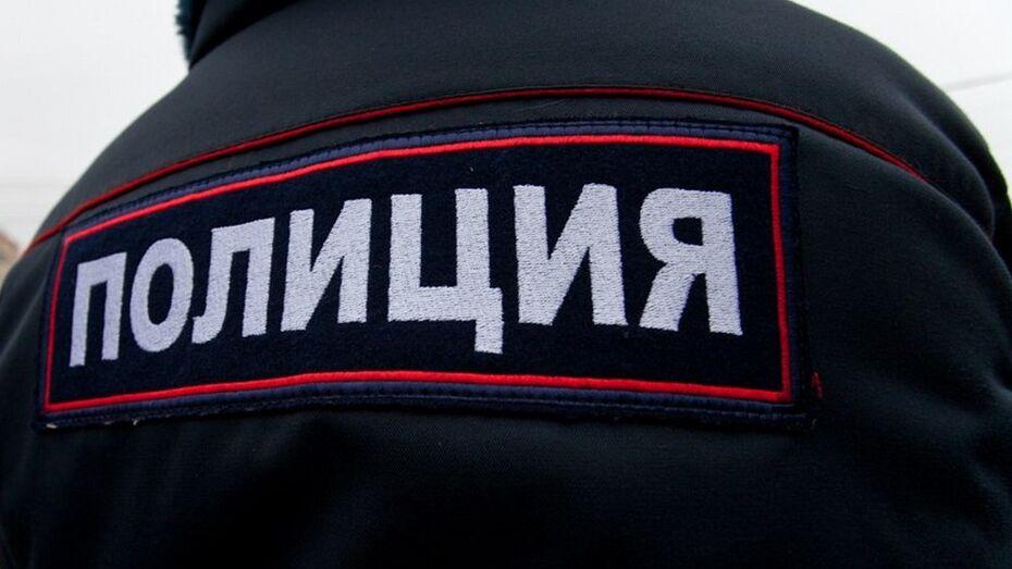 В нижнедевицком селе пенсионер нашел на улице труп женщины