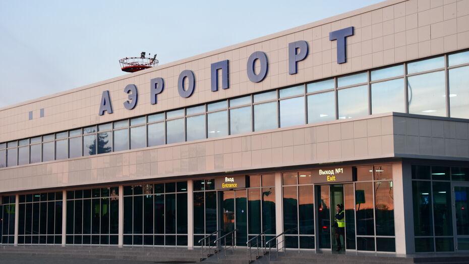 В Воронеже экстренно посадили рейсовый самолет