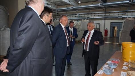Глава Торгово-промышленной палаты РФ поставил воронежских коллег в пример другим регионам