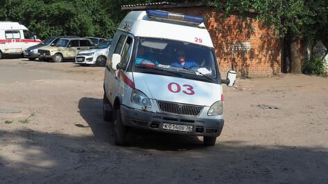 «Семерка» сбила 2 школьниц в Воронеже
