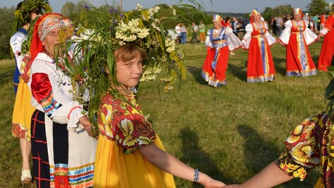 В Лискинском районе «На Ивана Купала» съели 200 л шурпы и 100 л ухи