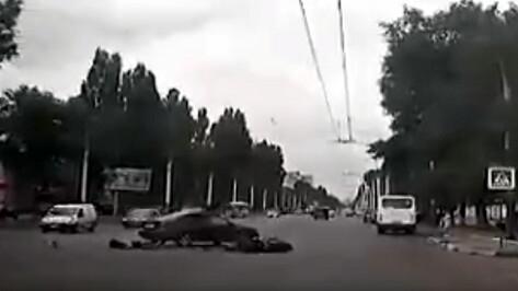 Воронежцы разместили в Сети видеозапись смертельного ДТП с мотоциклистом
