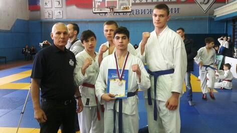 Острогожец взял «серебро» на первенстве ЦФО по рукопашному бою