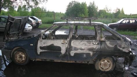 Неизвестные сожгли «ИЖ» под Кантемировкой