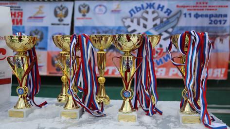 Женскую гонку «Лыжни России» в Воронеже выиграли близняшки