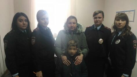 Пропавшего в Воронеже 7-летнего ребенка нашли инспекторы ПДН