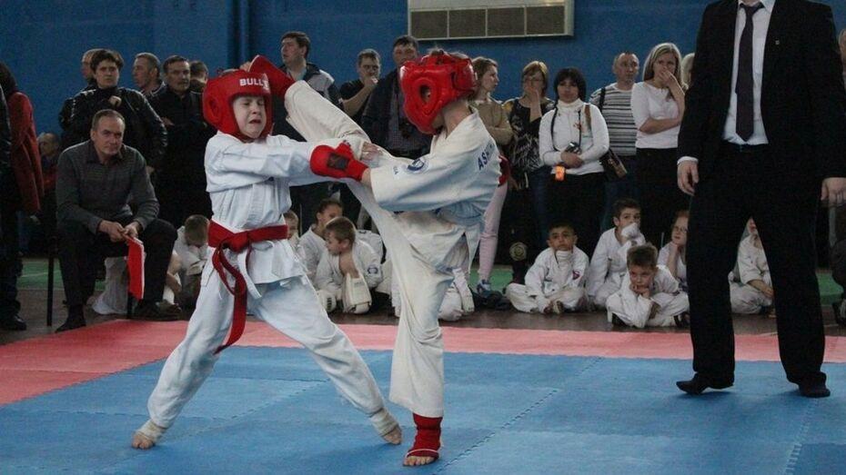 Верхнехавские каратисты завоевали призовые места на соревнованиях ДО-СААФ