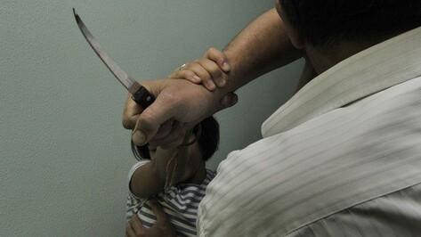 Зарезавший мать своего новорожденного ребенка воронежец признан невменяемым
