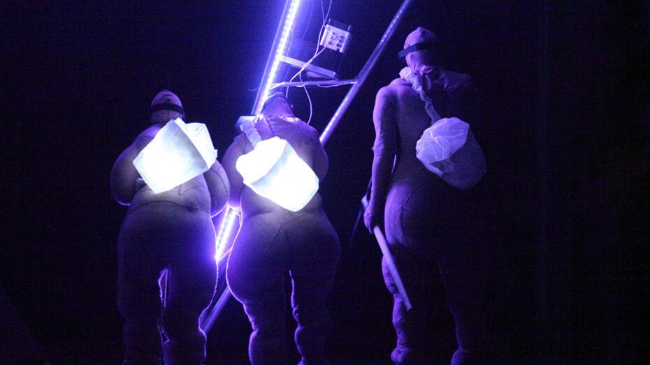 Один из уличных спектаклей Платоновского фестиваля покажут под крышей