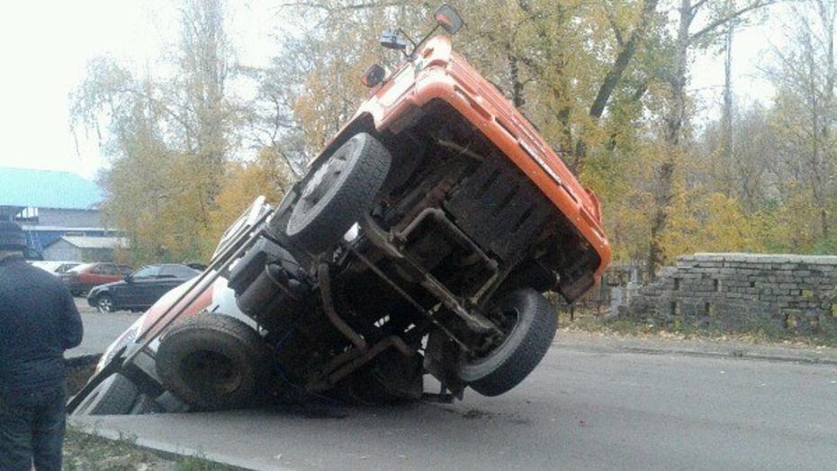 В Воронеже открытие дороги на месте провала бетономешалки отложили на конец февраля