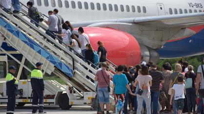 Россия возобновит авиасообщение с Турцией и еще восемью странами