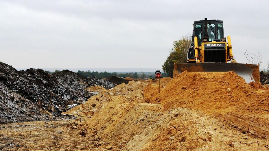 В Новохоперском районе на двух площадках началось строительство свинокомплекса