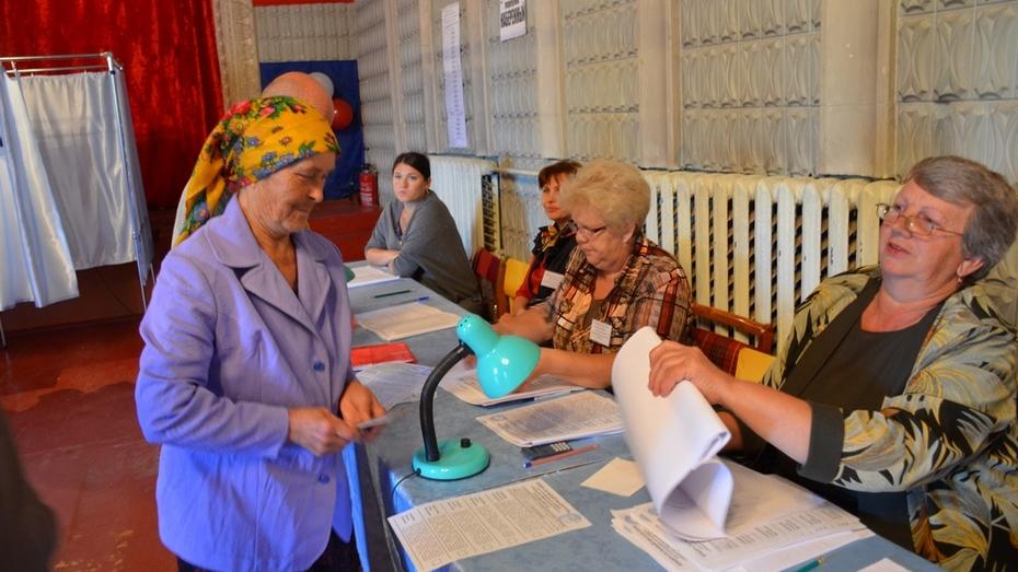 На выборах губернатора в Верхнемамонском районе проголосовало  92,1% избирателей