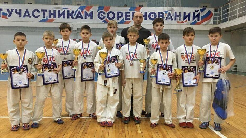 Борисоглебские рукопашники выиграли 6 золотых медалей на турнире в Саратове