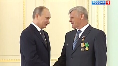 Владимир Путин в Воронеже во второй раз встретится с грибановским механизатором Юрием Конновым