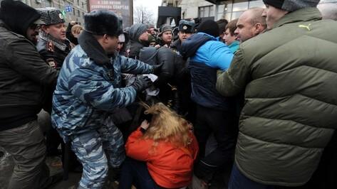 Воронежские ЛГБТ-активисты судятся с мэрией и полицией из-за скандального пикета