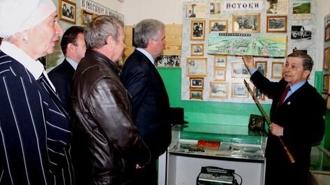 В сельской школе Петропавловского района появился музей Сергея Есенина