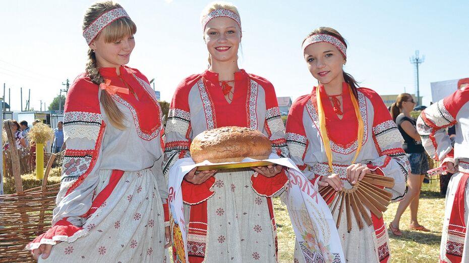 В Калачеевском районе прошел областной фестиваль хлеба