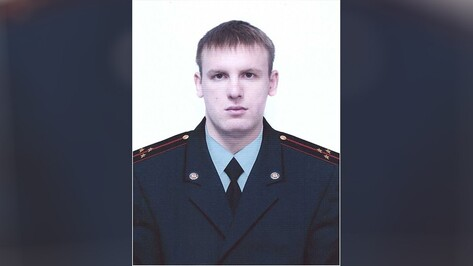Погибшего при пожаре в Москве спасателя похоронят в Воронеже