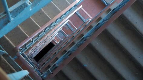 Уборка не проводилась вовремя в трети многоэтажек Воронежа, проверенных ГЖИ
