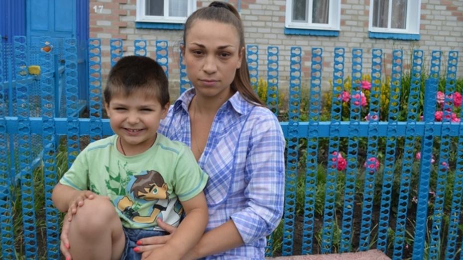 Временные переселенцы из украинской Макеевки нашли приют в репьевском селе
