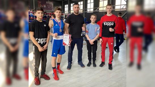 Павловские спортсмены завоевали «серебро» и «бронзу» первенства по боксу