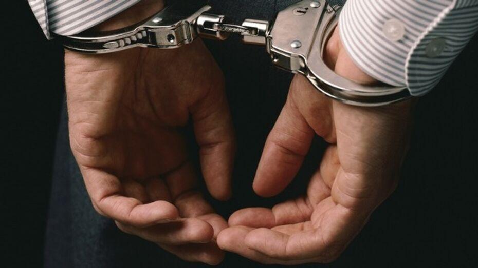 Нововоронежские полицейские подрабатывали шантажом