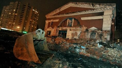 Воронежцы собрали 3 тыс подписей против сноса храма Рождества Христова на Придаче