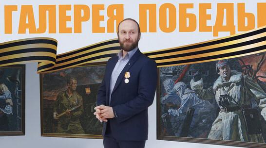 Общественники из лискинского села Масловка организовали акцию «Галерея Победы»