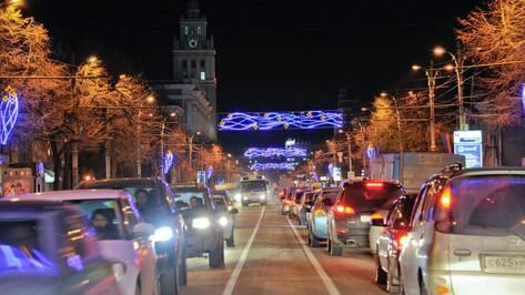На новогодние праздники 50 воронежских автобусов изменят маршруты